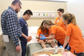 VCOM-Auburn Holds Second Annual Disaster Day Training Event with AU School of Nursing